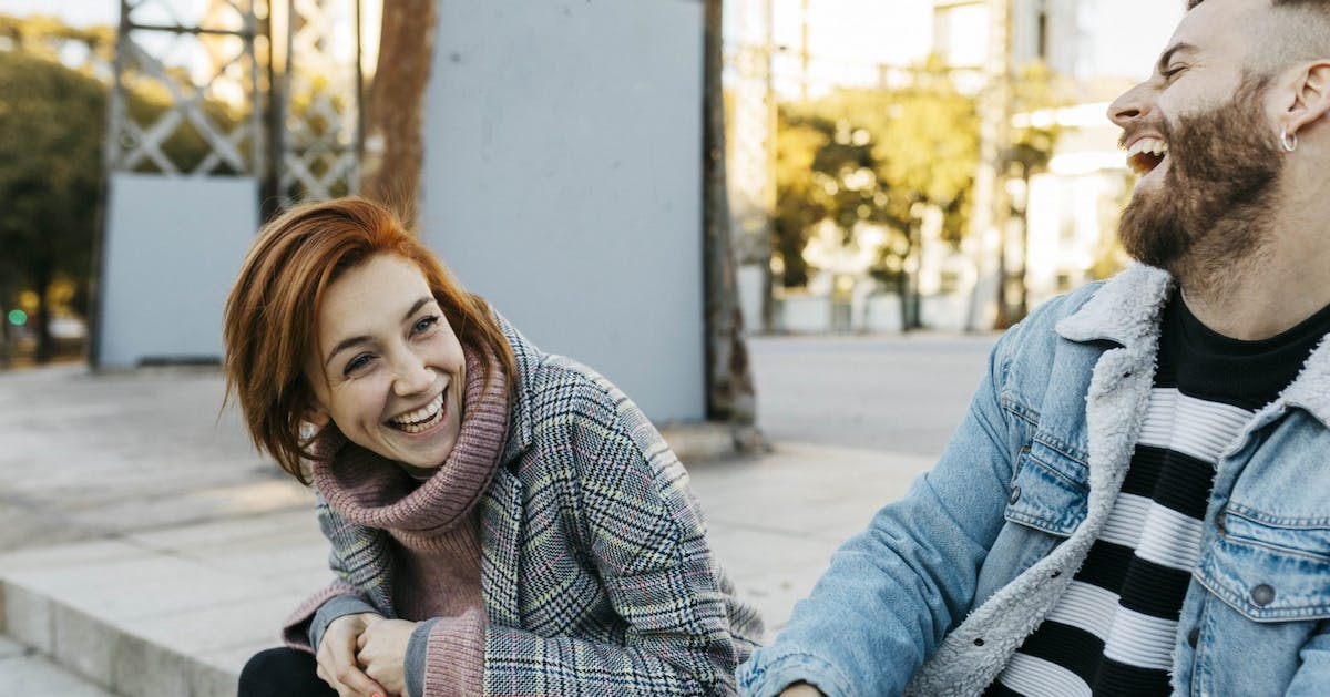 Relationship advice: want to be a better listener? Follow these communication tips