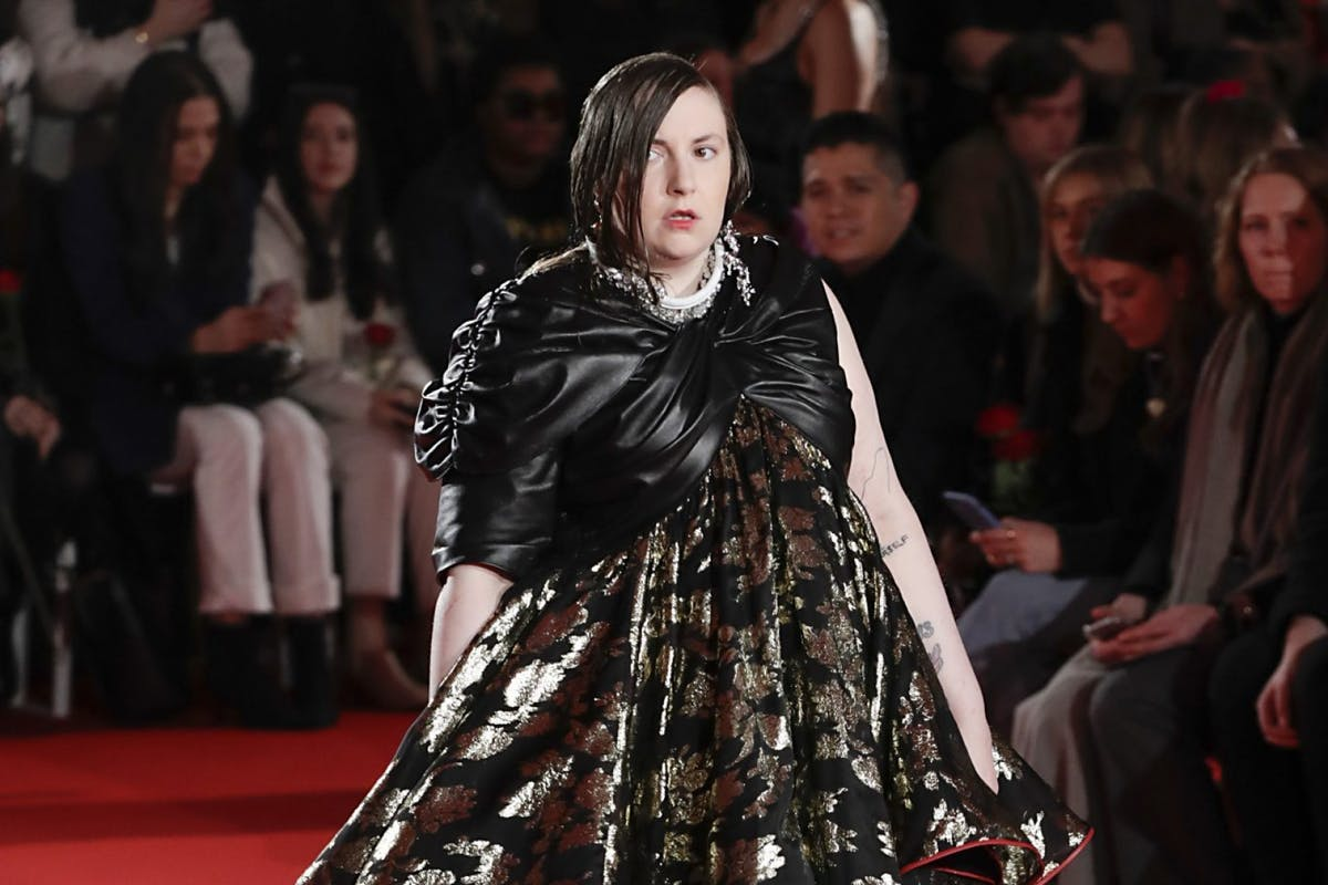 Lena Dunham walking the runway for 16Arlington at London Fashion Week.