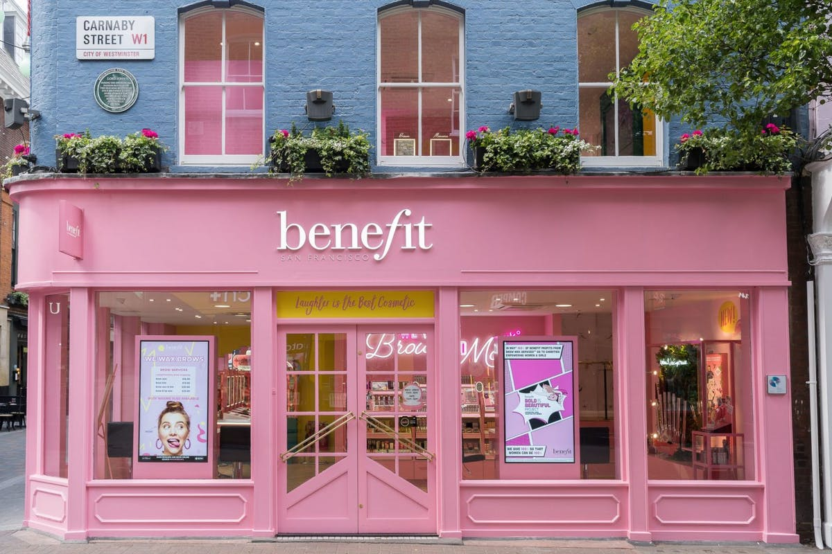 benefit-carnaby-street-store-boutique-makeup