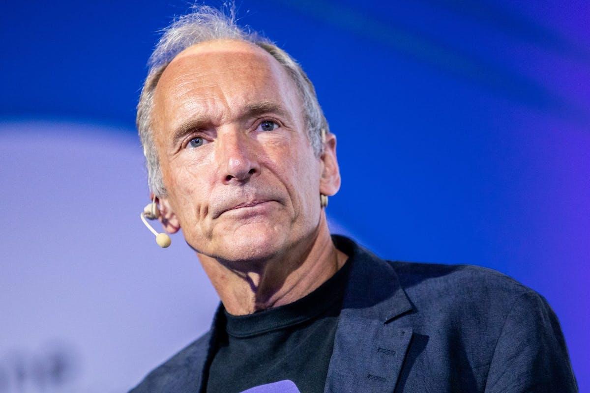 Tim Berners Lee: internet isn't safe for women