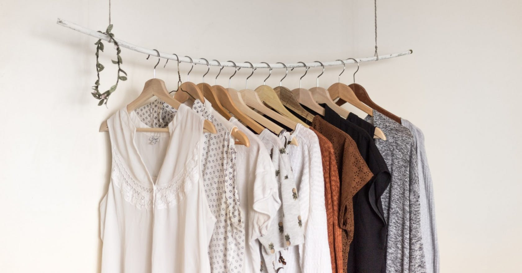 7 step guide to organising your wardrobe