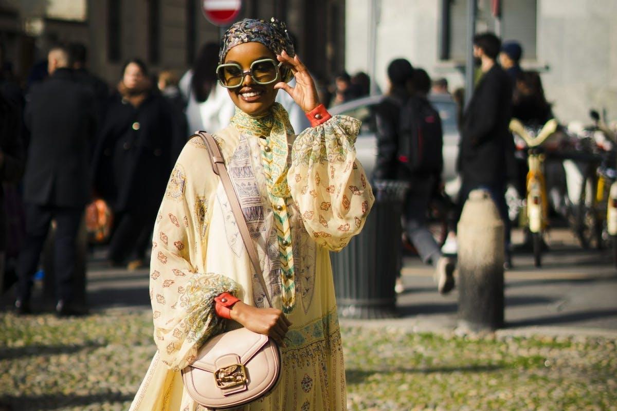 Street style wearing 70s trend