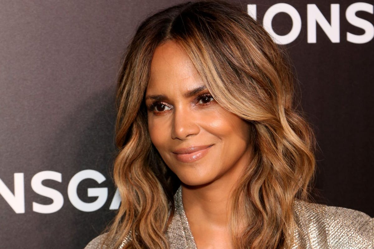 halle-berry-skincare-routine