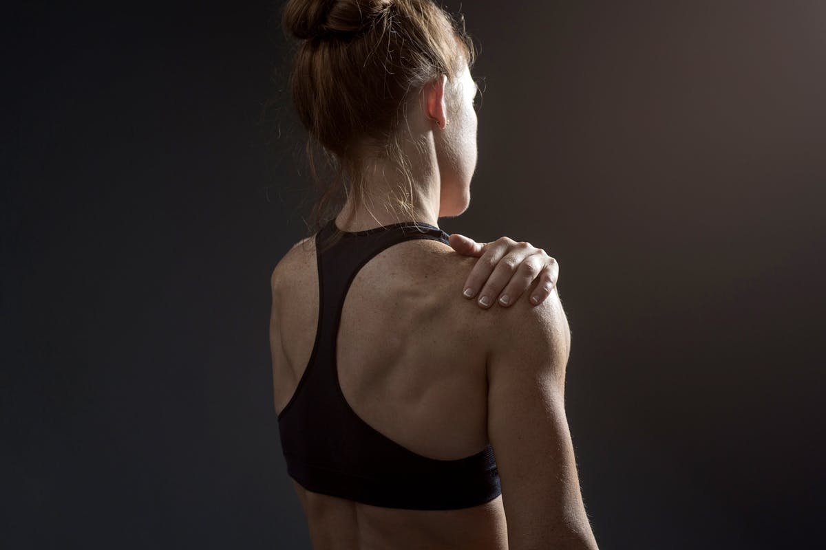 muscle-pain-shoulder-girl-back-Getty