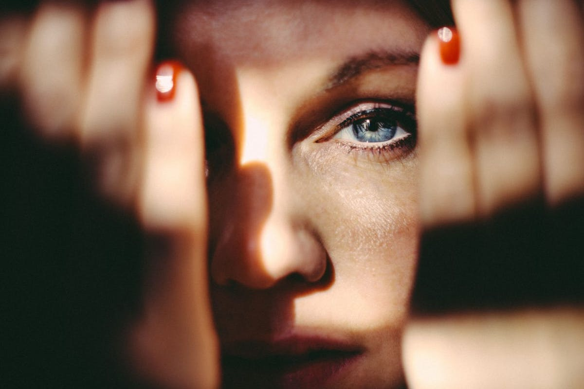 how-to-stop-skin-picking-dermatillomania-expert-tips