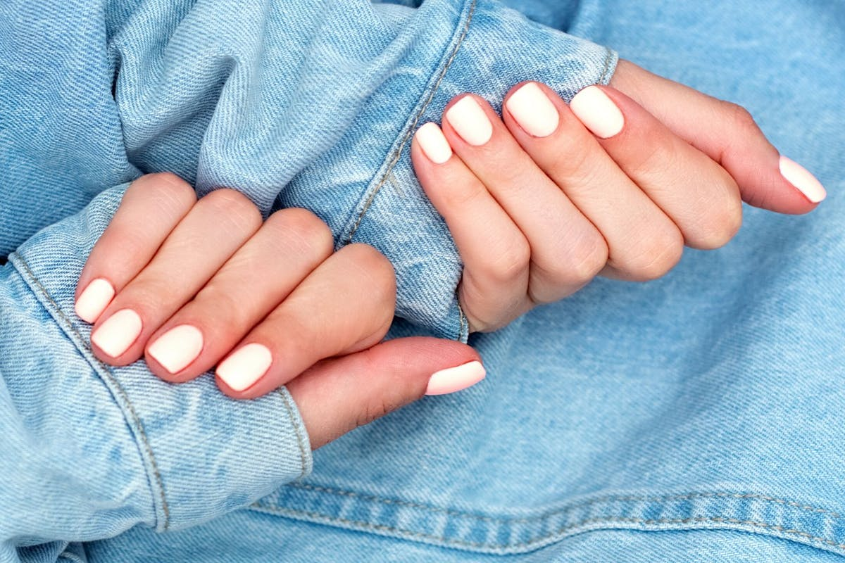 how-to-grow-nails-strong-longer