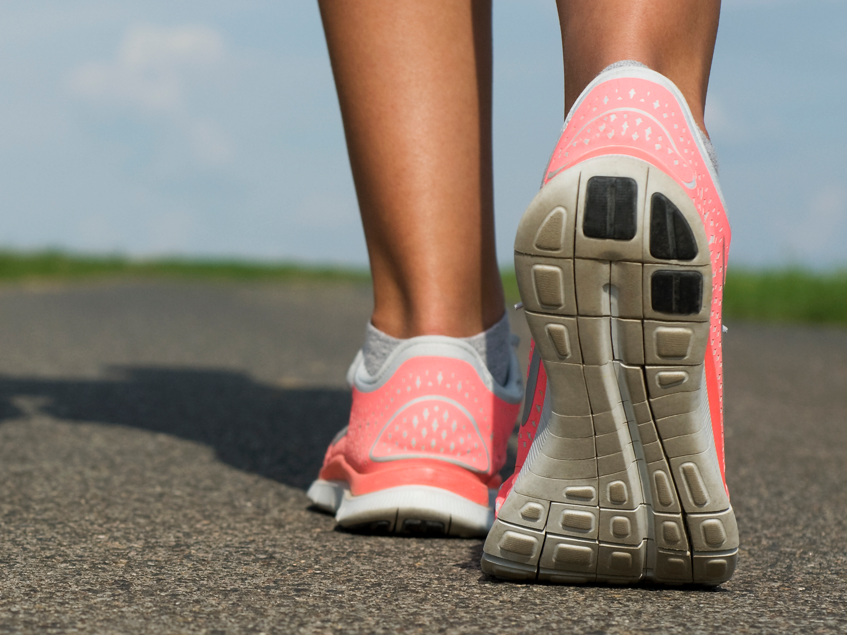 Power walking: trainers explain the