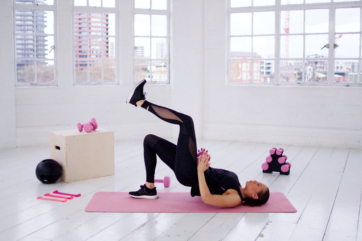 Strength training: 3 exercises to wake up your glutes