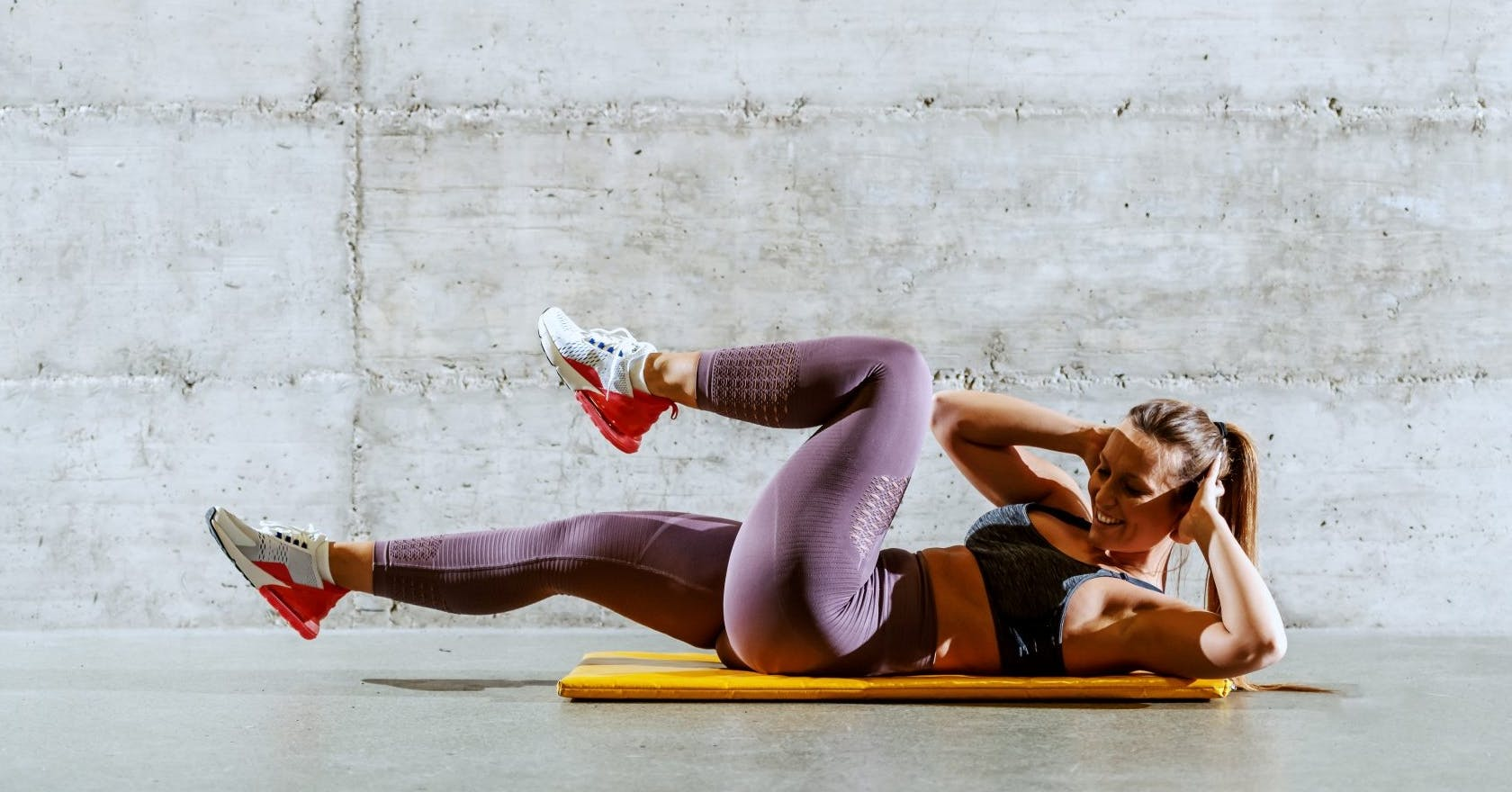 How to do a bicycle crunch for strong obliques
