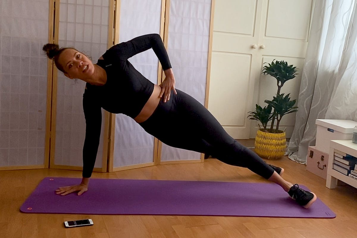 ab-workout-hold-plank-longer-core-workout-HERO