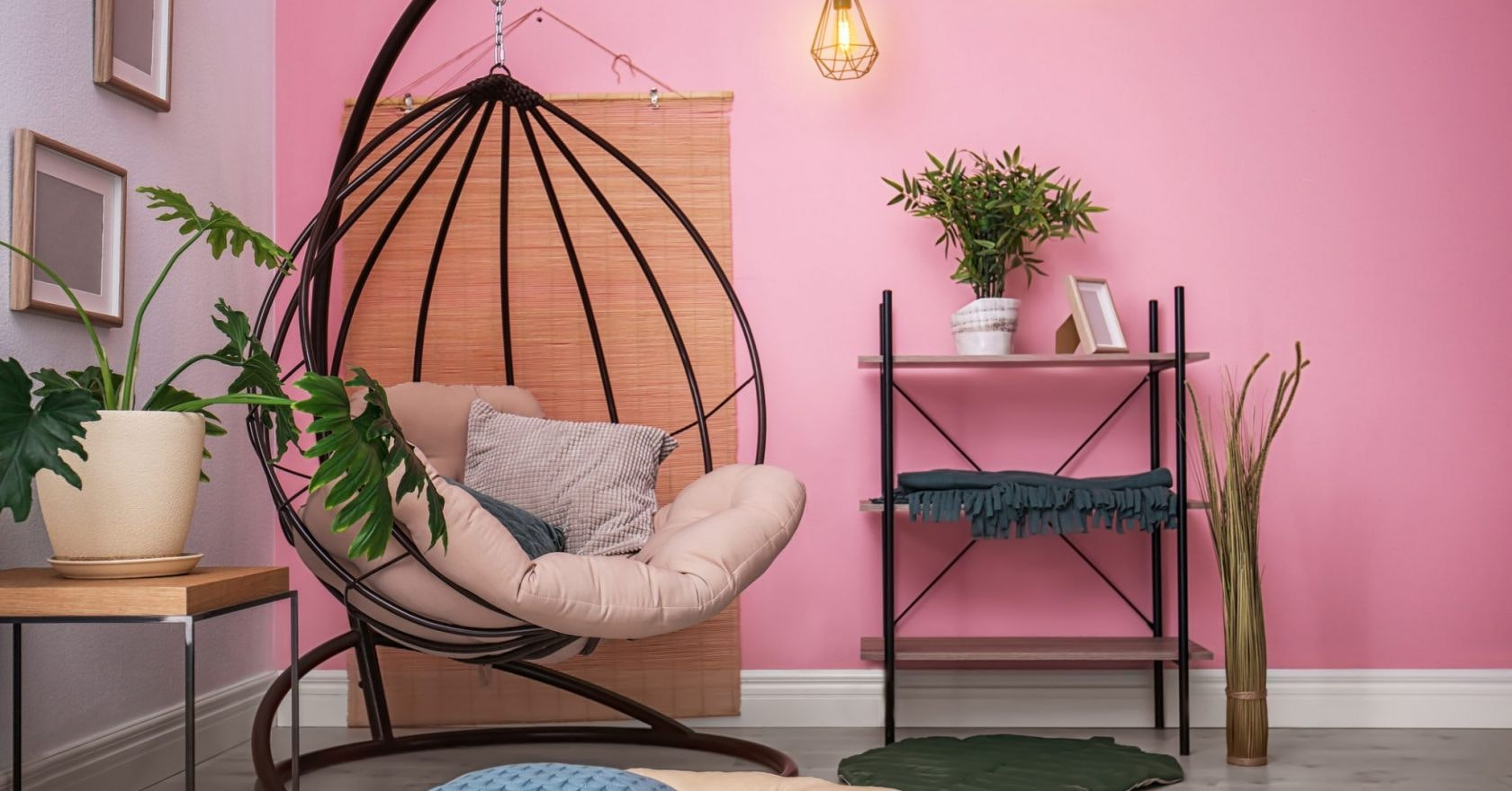 Picture of: Hanging Egg Chairs Indoors And Outdoors For Summer