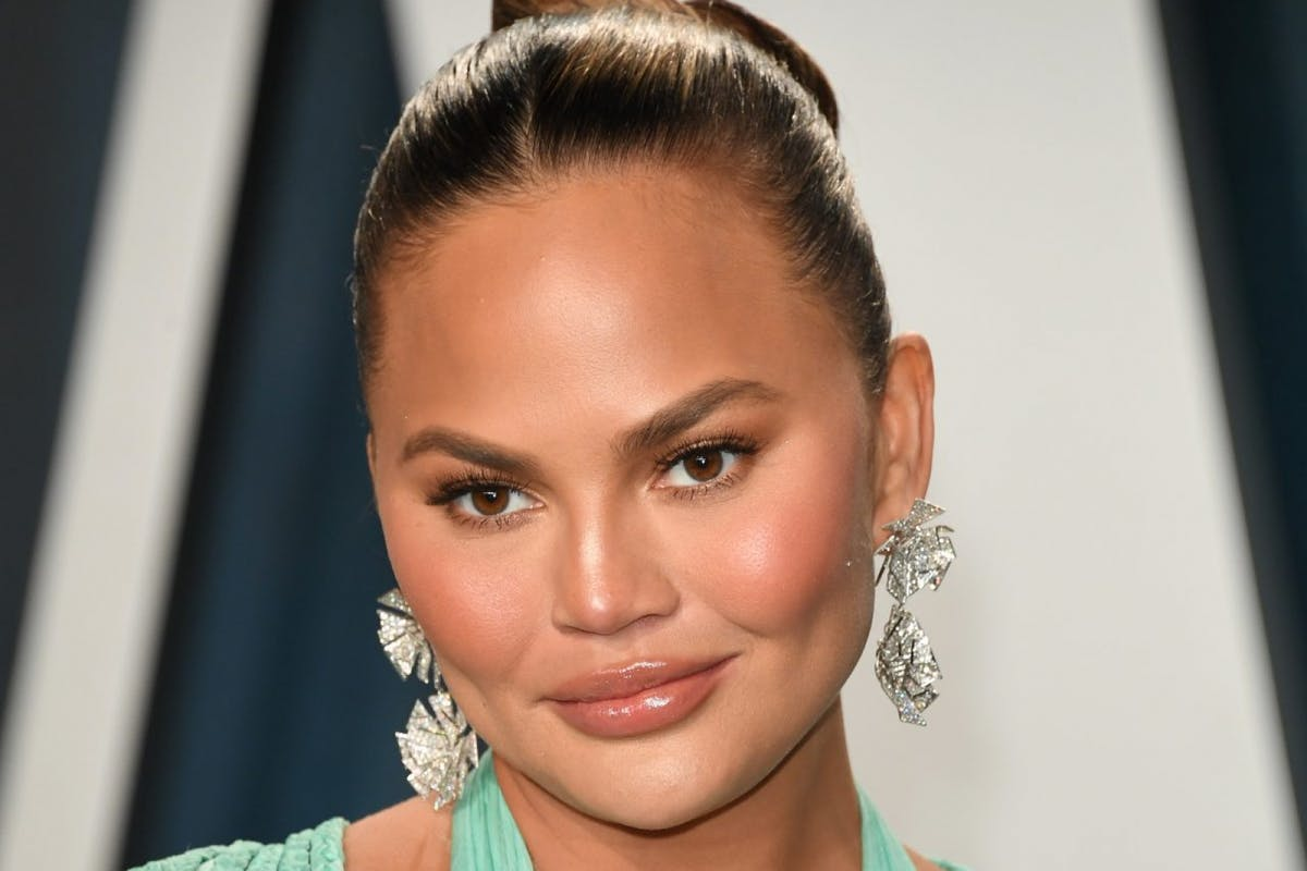 Chrissy Teigen pregnancy news.
