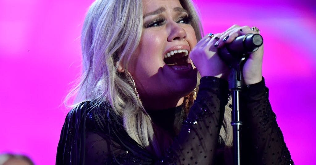 Kelly Clarkson opens up about the devastating impact of ...