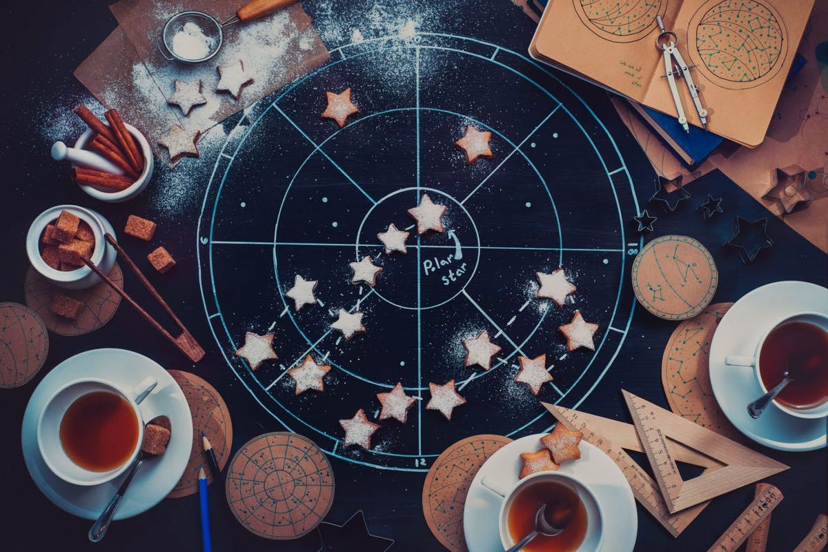 Astrology: 7 free courses, for sceptics and horoscope addicts alike