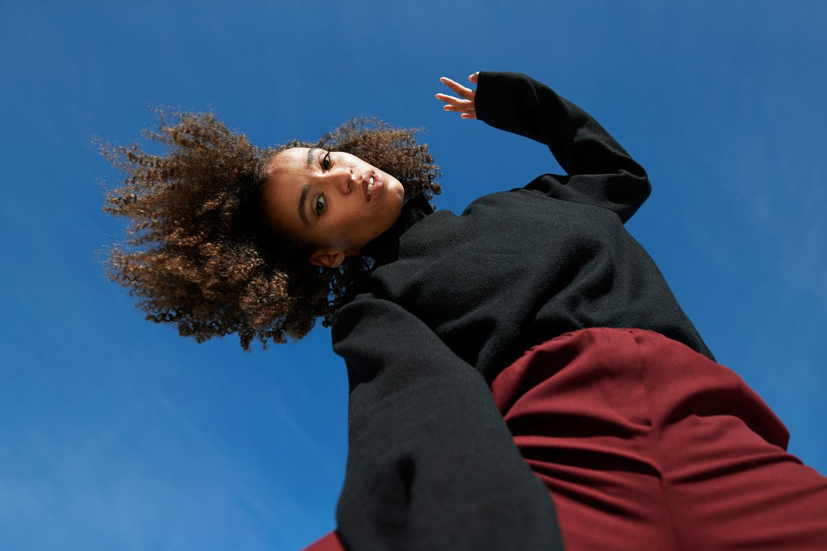 hair-porosity-woman-with-afro-hair