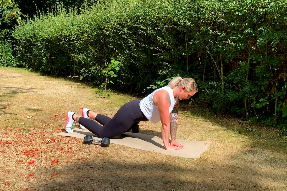 upper-body-workout-tricep-exercises-strength-training-strong-women