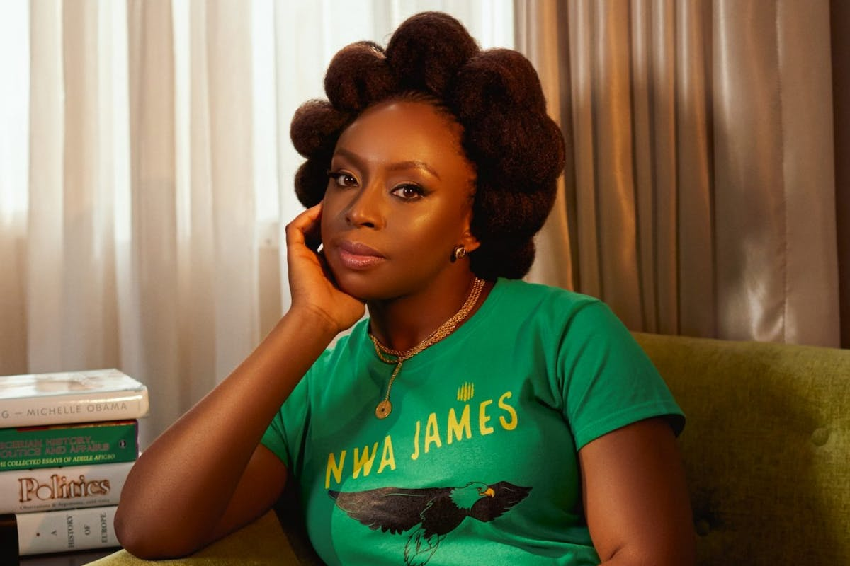 Chimamanda Ngozi Adichie wins the Women's Prize For Fiction 25th anniversary award