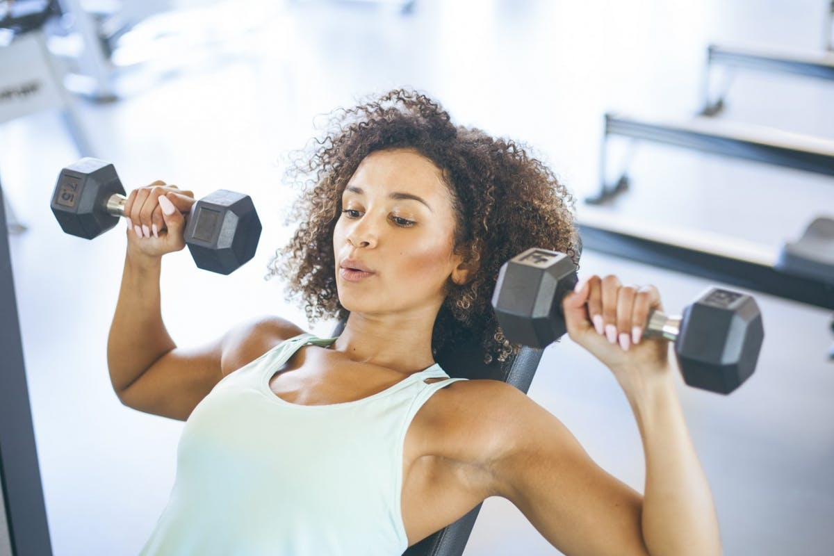 woman weighttraining in the gym