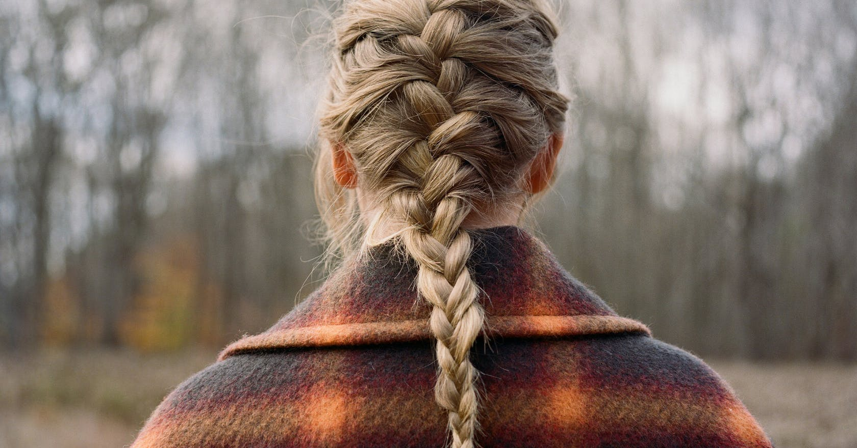 How To Recreate Taylor Swift S Evermore French Braid