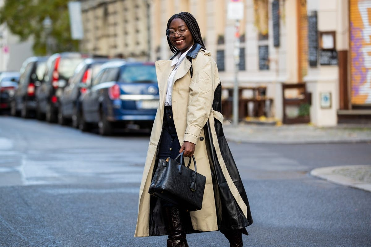 Street style wearing trench coat