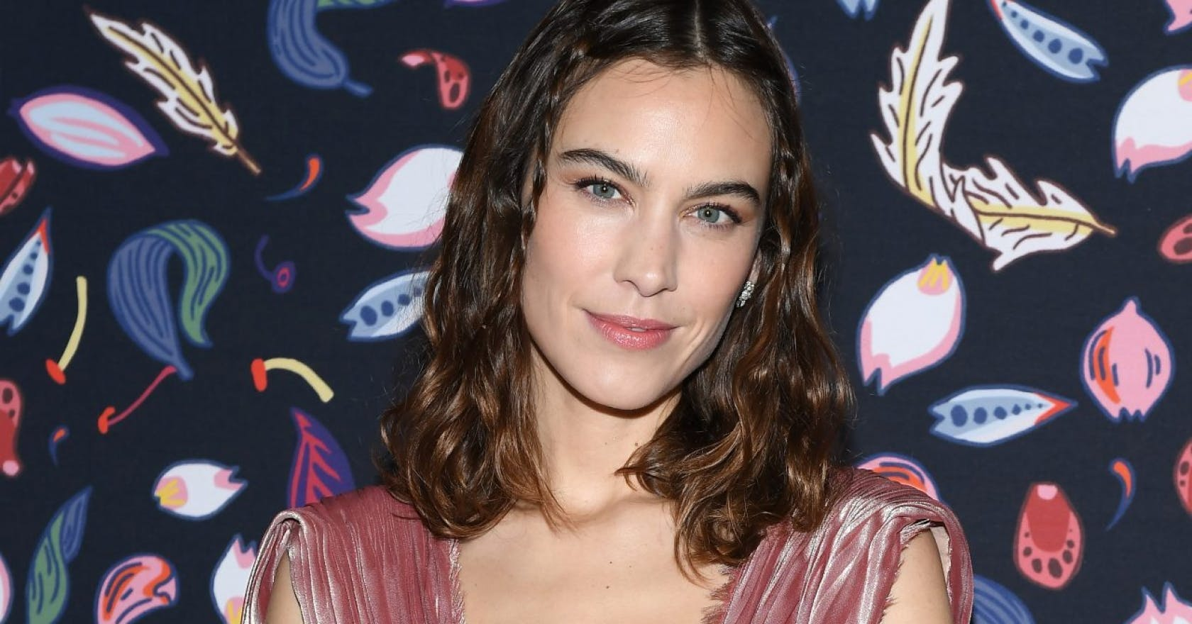 Alexa Chung's super-short French bob is such a 00s throwback
