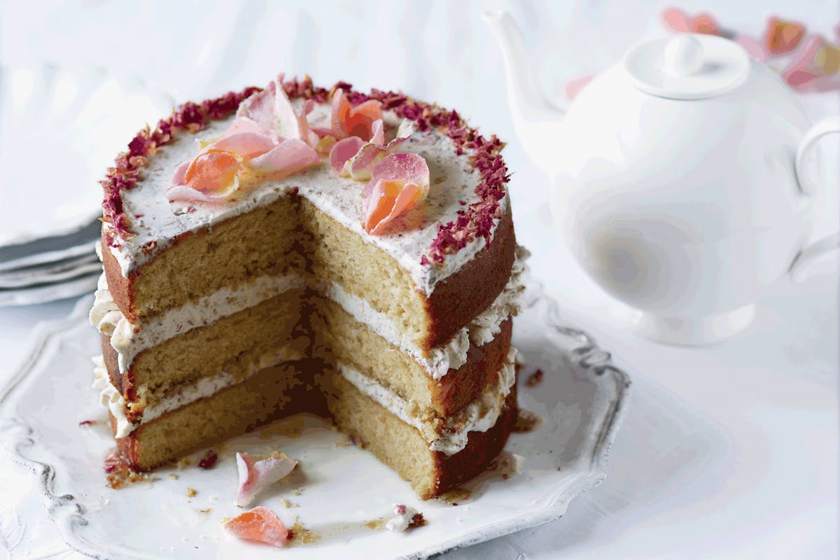 naked cake recipe with rose petals