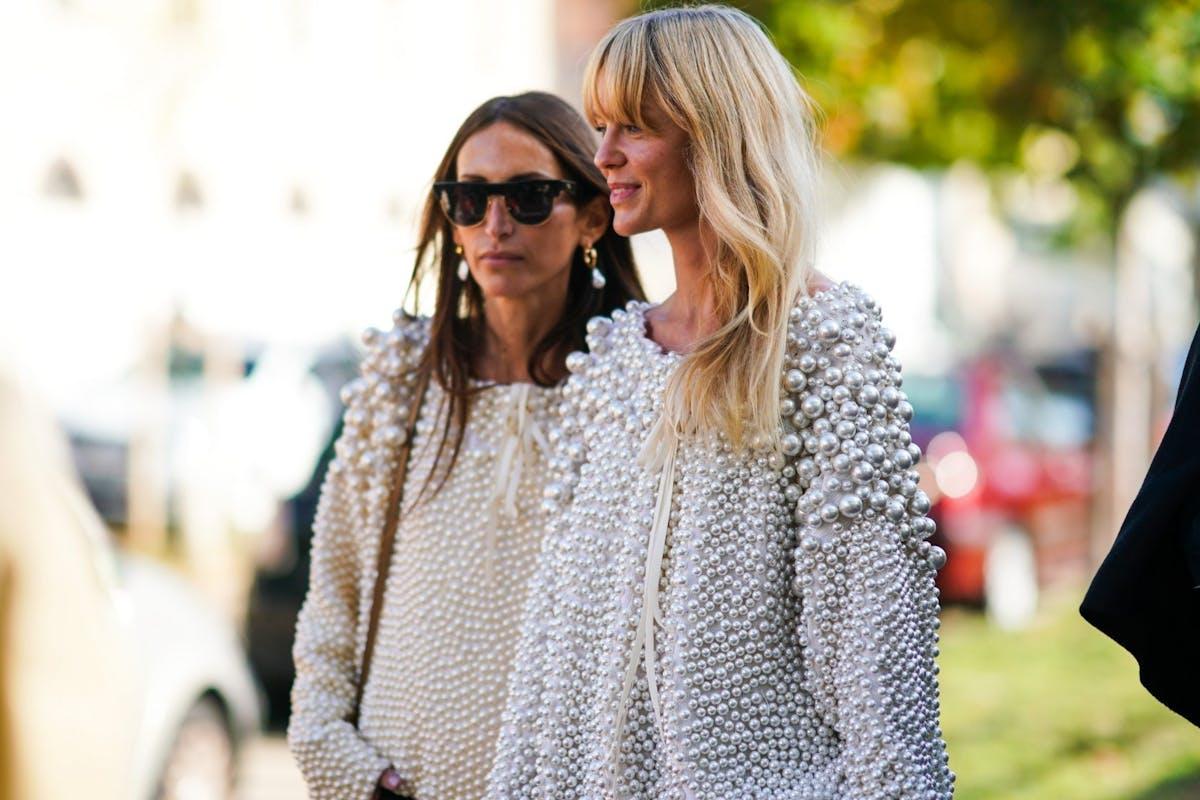 Street style wearing pearls