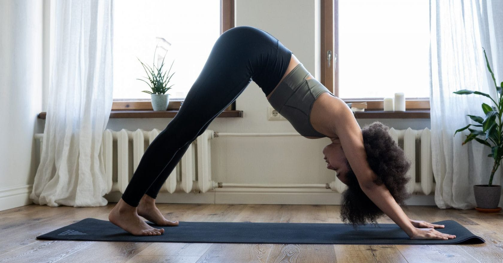 3 quick stretches when you don't have time to do yoga