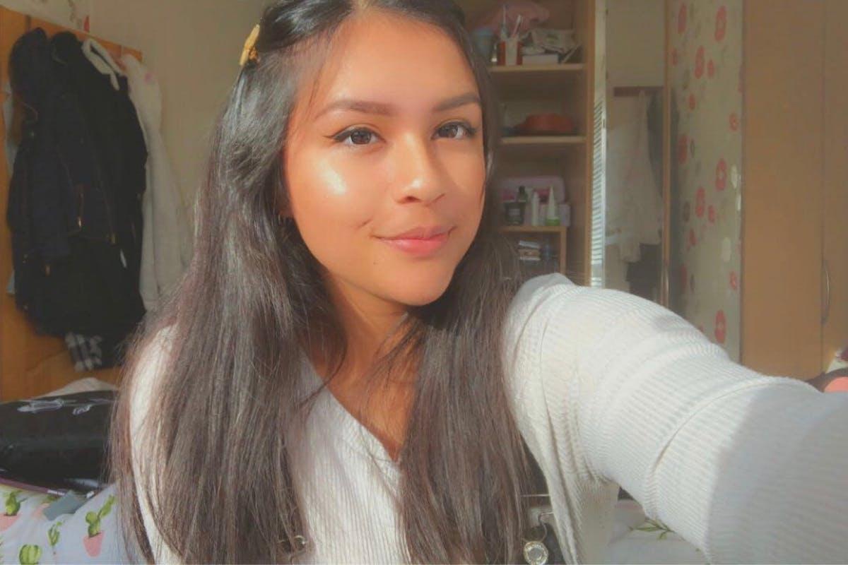 A selfie of Sadia Nowshin