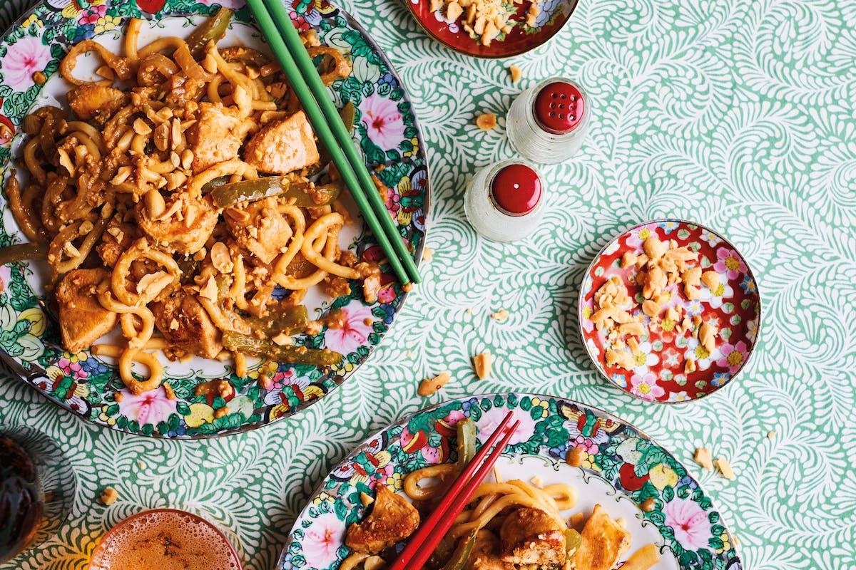 Satay chicken udon noodles recipe