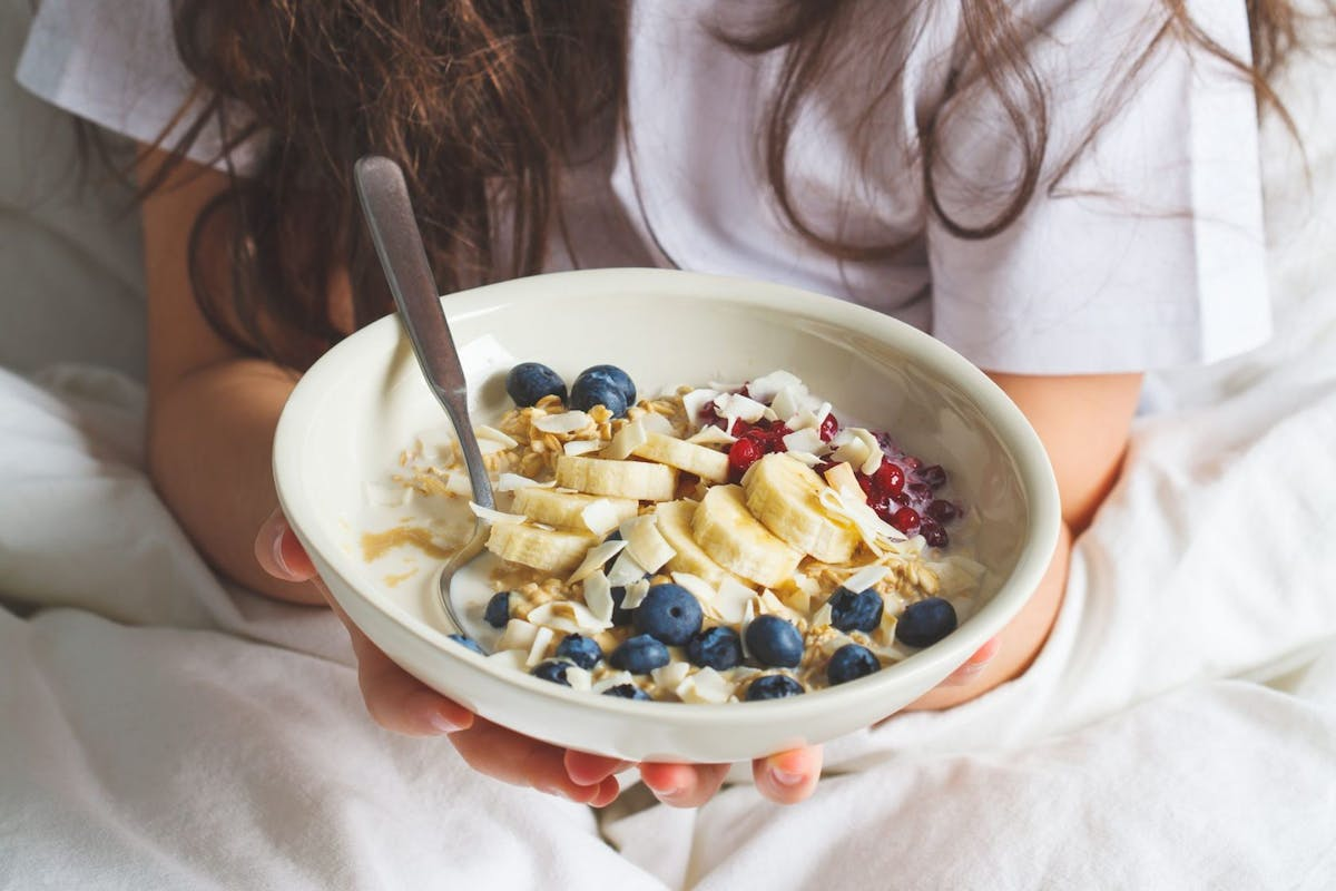 Eating healthily on a budget overnight oats