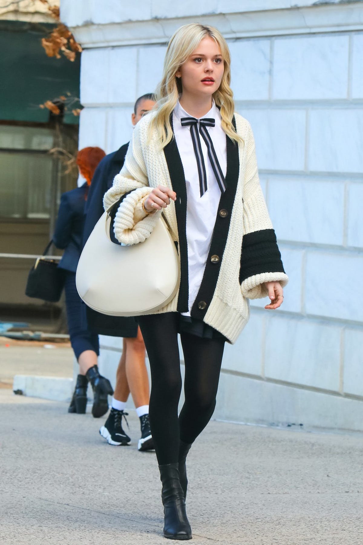 Gossip Girl Reboot Footage Reveals First Official Look At