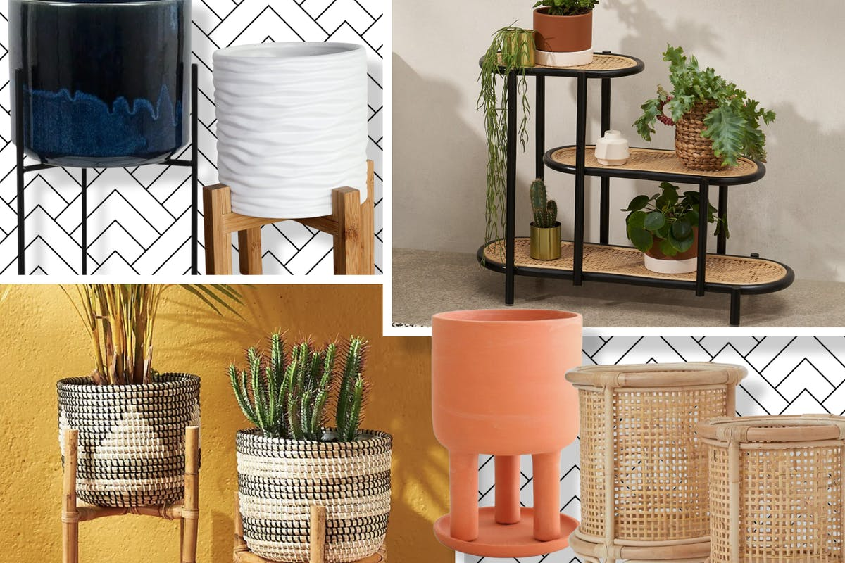 Raised plant pots and stands