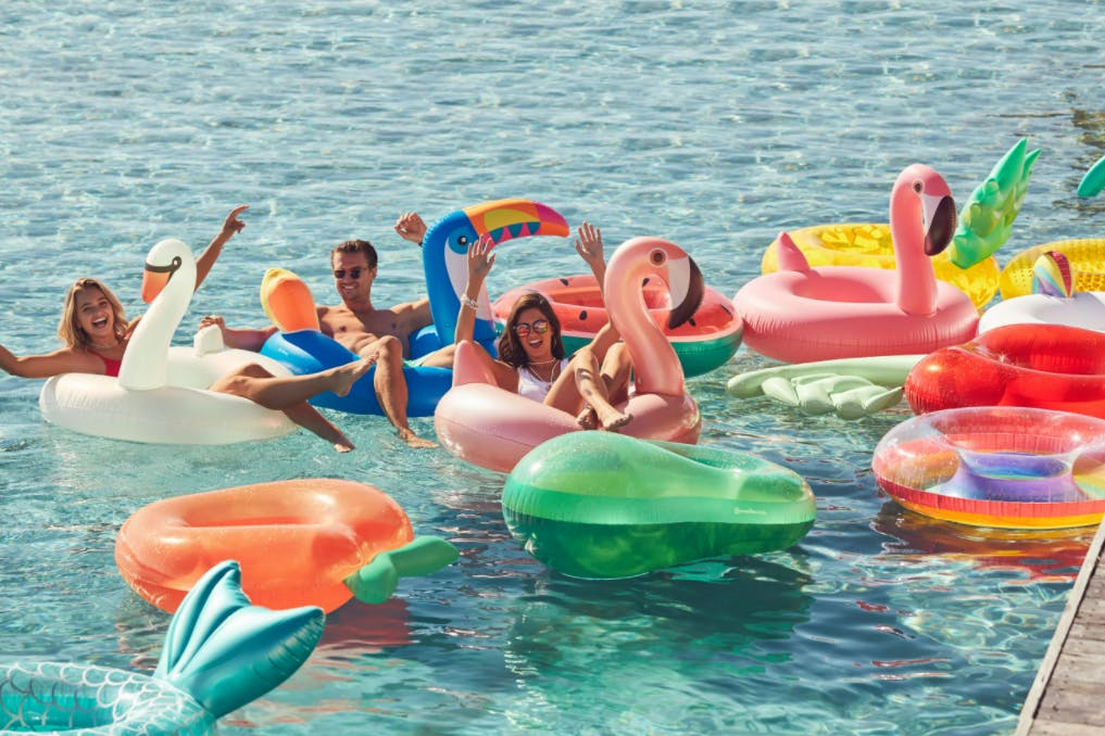 Pool floats to buy for summer