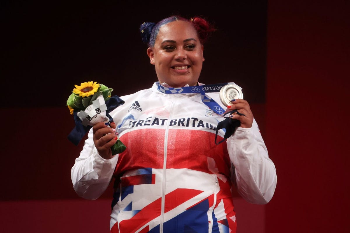 Emily Campbell with her silver medal in weightlifting at Tokyo 2020