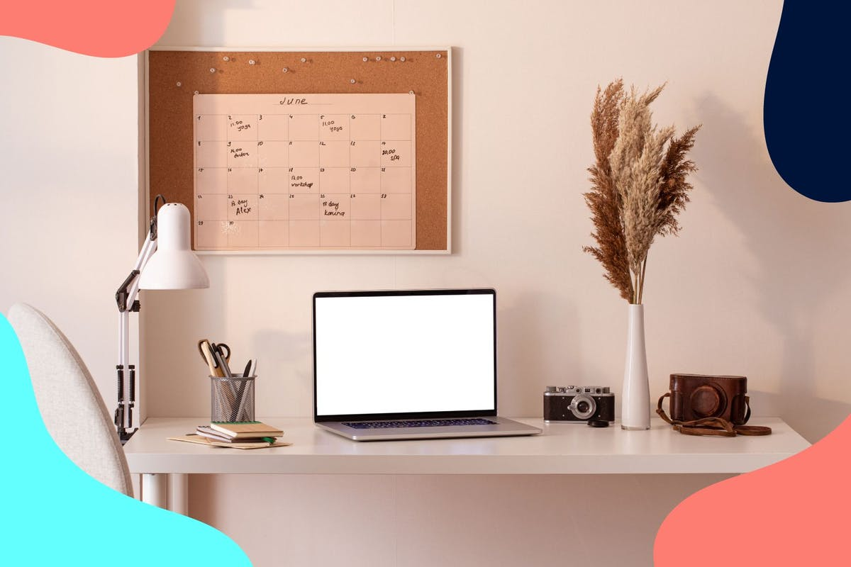 organised desk