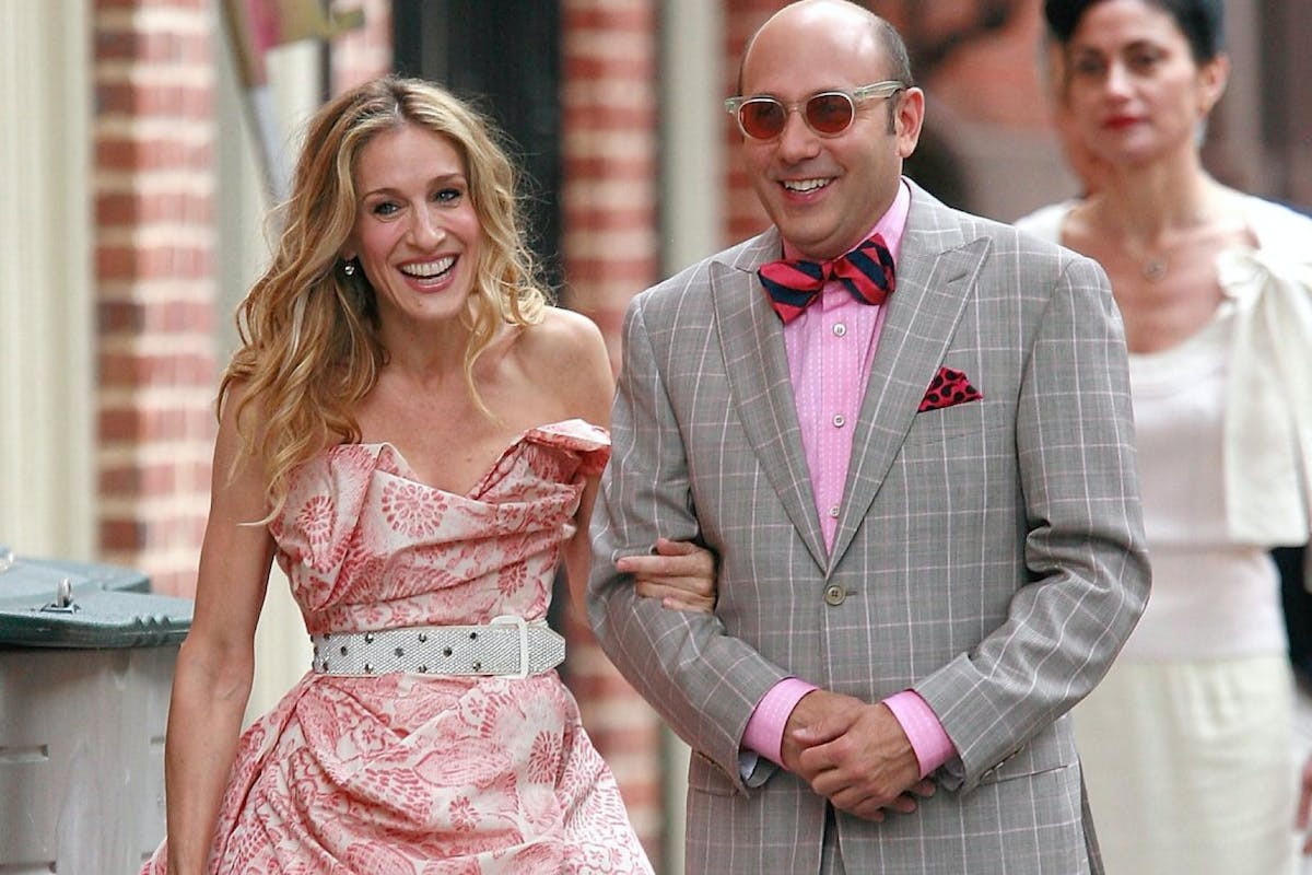 """Sarah Jessica Parker and actor Willie Garson sighting filming a scene for the movie """"Sex and The City"""" on location in the west village on October 01 2007 in New York City (Photo by Marcel Thomas/FilmMagic)"""