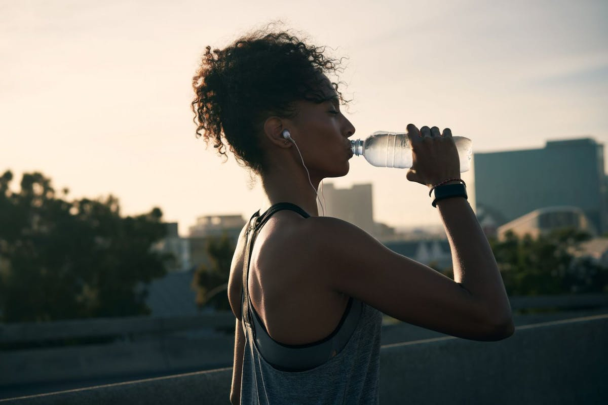 How to stay hydrated while running a marathon or 10k