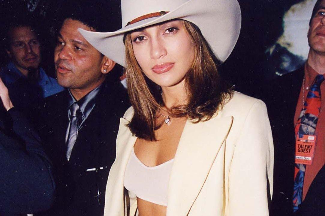 Jennifer Lopez during 1998 MTV Video Music Awards at Universal Amphitheatre in Los Angeles, California, United States. (Photo by Jeff Kravitz/FilmMagic, Inc)