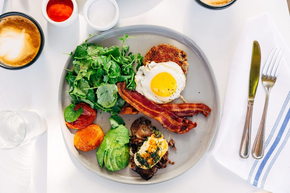 Should you eat a high-fat breakfast to boost metabolism?