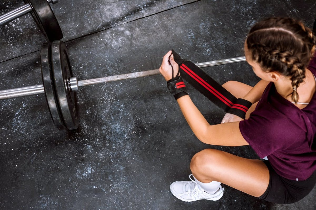 Should you be swapping your regular deadlifts for Romanian deadlifts?