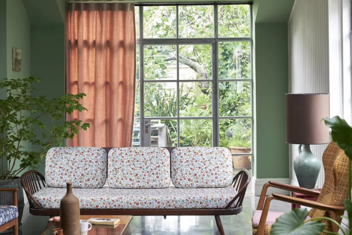 A photo of a living room designed in Farrow & Ball